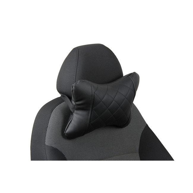 Подушка под шею из экокожи в ромб